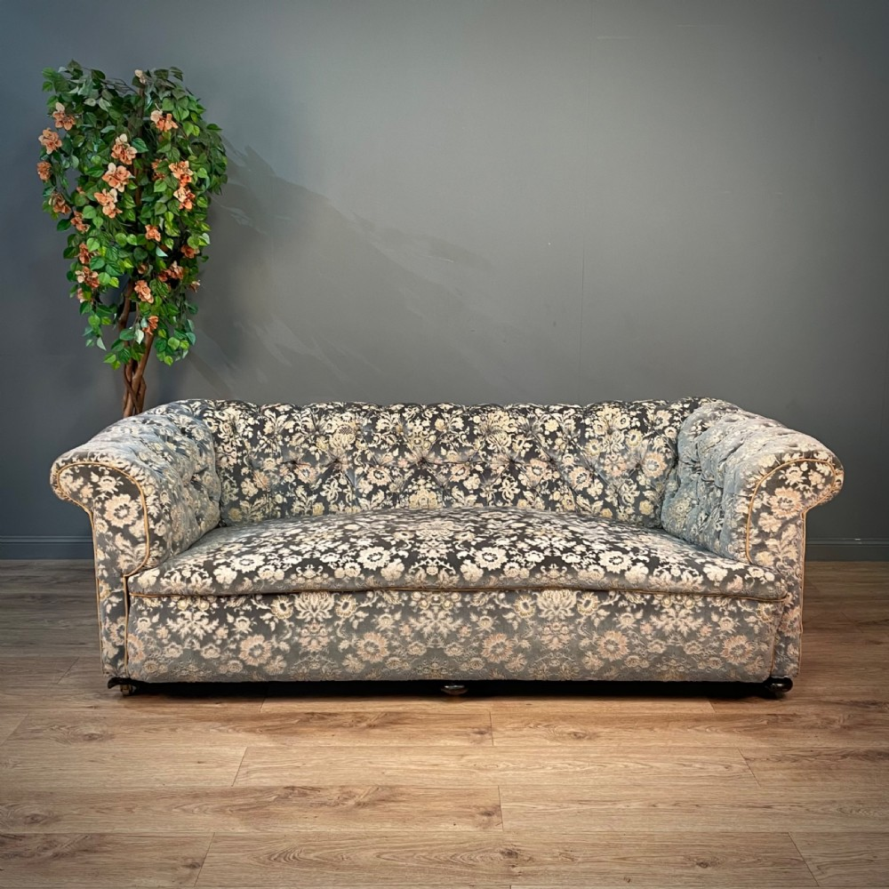attractive antique victorian large button back chesterfield sofa couch settee